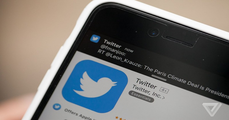 https: img.okezone.com content 2018 01 26 207 1850872 twitter-mudahkan-pengguna-live-streaming-dengan-tombol-khusus-bP9Z55pjbV.jpg