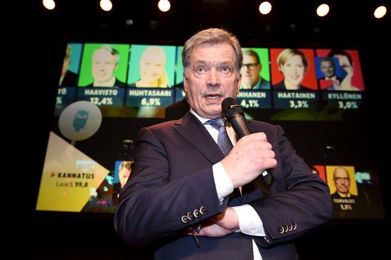 https: img.okezone.com content 2018 01 29 18 1851508 menang-telak-sauli-niinisto-kembali-terpilih-sebagai-presiden-finlandia-9hzk4AEu9f.JPG