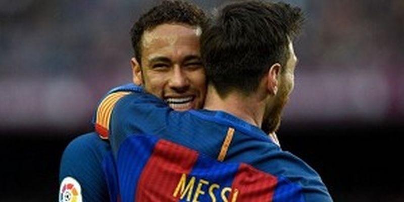 https: img.okezone.com content 2018 01 29 51 1851884 alves-neymar-tinggalkan-barca-untuk-keluar-dari-bayang-bayang-messi-hOkJO5kIMS.jpg