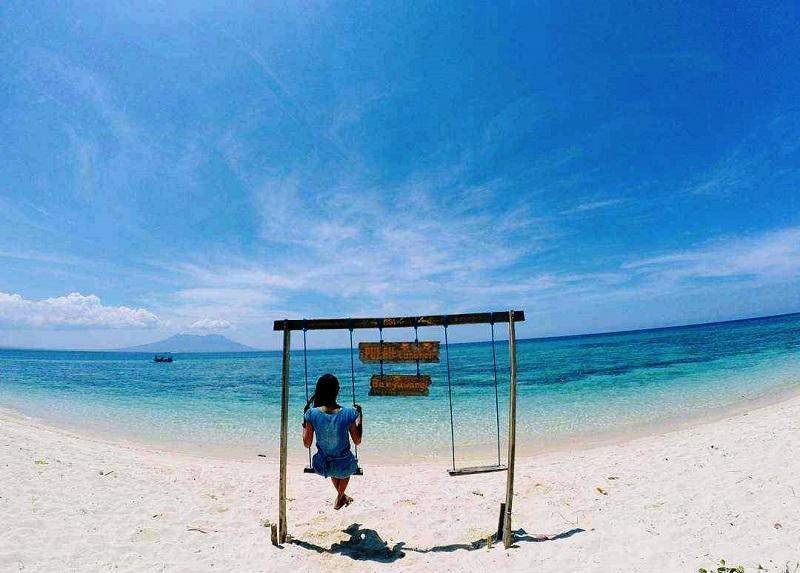 Lokasi ini bahkan dikenal sebagai spot snorkeling paling keren.