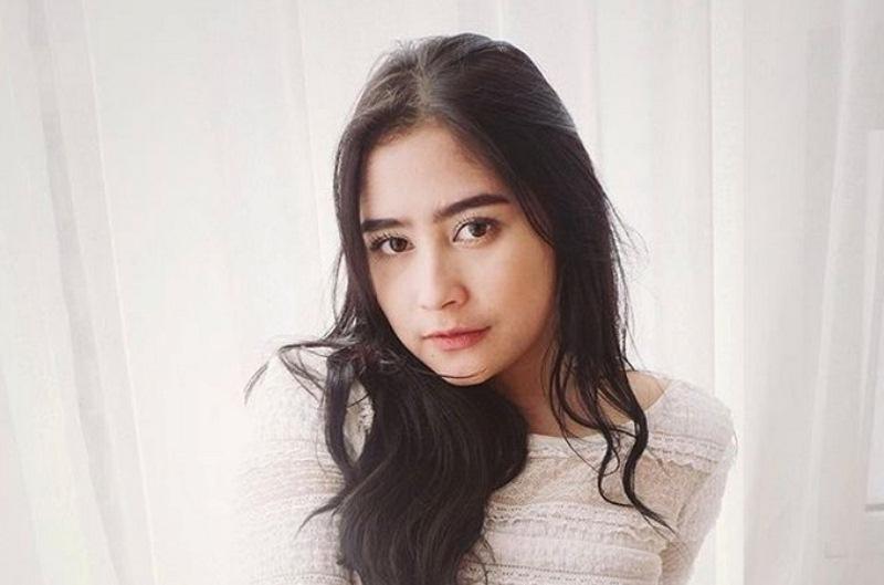 Prilly Latuconsina Tegaskan Tak Akan Menikah Muda ...