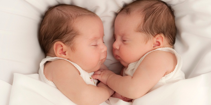 https: img.okezone.com content 2018 02 18 481 1861024 ternyata-program-bayi-tabung-tidak-selalu-menghasilkan-anak-kembar-iIRwdxht0I.jpg