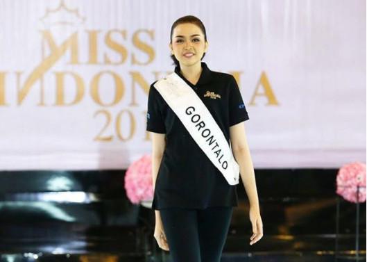 https: img.okezone.com content 2018 02 20 194 1861887 yuk-kenalan-dengan-dinda-husna-dhiyaulhaq-finalis-miss-indonesia-2018-asal-gorontalo-CiVvhevR6p.jpg