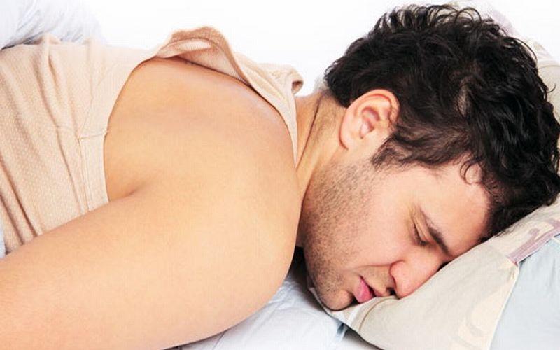 https: img.okezone.com content 2018 02 20 481 1862123 awas-kebanyakan-tidur-berisiko-tinggi-kena-penyakit-jantung-9sJbUrRuXS.jpg