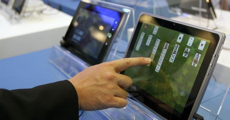 https: img.okezone.com content 2018 02 20 57 1862164 top-techno-4-tablet-murah-di-2018-hingga-mi-mix-2s-makin-mirip-iphone-x-cnPXm6Clf8.jpg