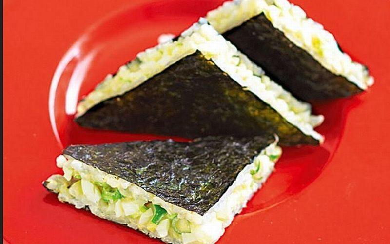 https: img.okezone.com content 2018 02 21 298 1862656 camilan-anak-di-sore-hari-bunda-bisa-bikinkan-sandwich-sushi-8xhNLF5DOf.jpg