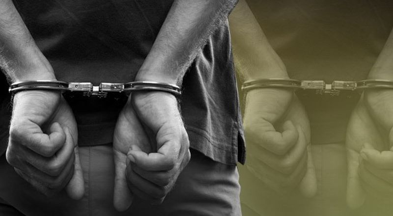 https: img.okezone.com content 2018 02 22 340 1863296 posting-ujaran-kebencian-berbau-sara-di-facebook-warga-pekanbaru-ditangkap-polisi-jVelVdWrYp.jpg