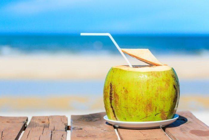 Minum Air Kelapa Dapat Memperlancar Haid Mitos Atau Fakta Okezone Lifestyle