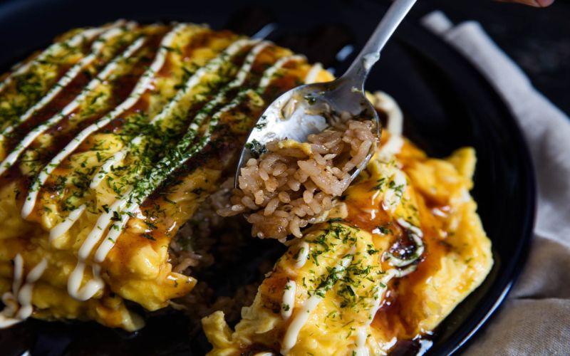 https: img.okezone.com content 2018 02 26 298 1865039 nasi-omelet-gampang-dibuat-dan-lezat-untuk-sarapan-nchYGoNzgv.jpg