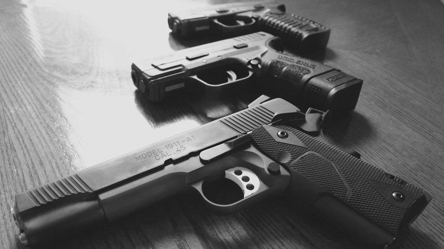 https: img.okezone.com content 2018 03 01 196 1866576 senjata-senjataan-bolehkah-jadi-mainan-untuk-anak-4FIGQwe5pV.jpg