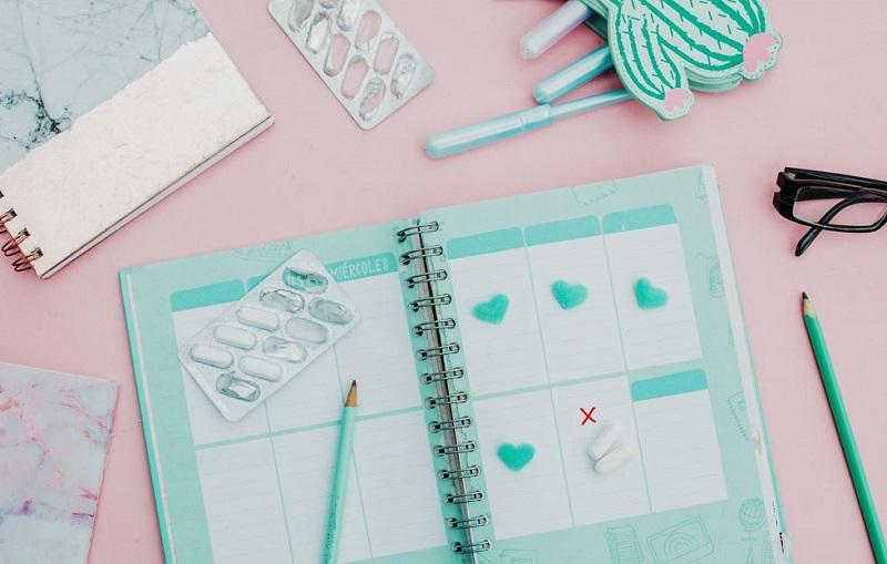 https: img.okezone.com content 2018 03 02 481 1867308 mengenal-metode-kalender-kesuburan-untuk-mengontrol-kelahiran-KNdRyfnWtp.jpg