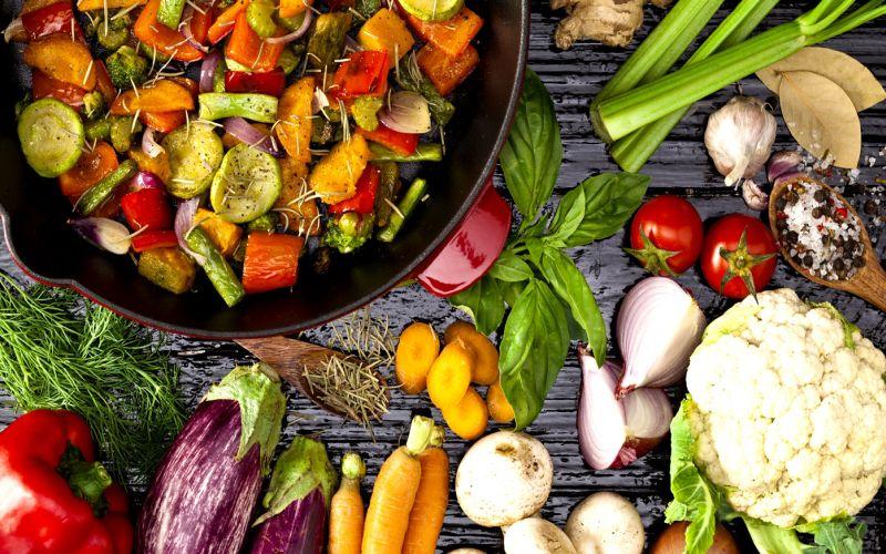 https: img.okezone.com content 2018 03 06 298 1868699 mulai-bakso-sate-hingga-rendang-nabati-168-jenis-menu-siap-manjakan-lidah-vegan-vegetarian-UP3HgRrp2S.jpg