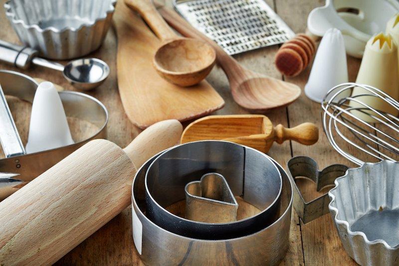 https: img.okezone.com content 2018 03 07 298 1869168 5-tips-menata-dapur-untuk-membuat-kue-yang-lezat-lxiFngnJb5.jpg