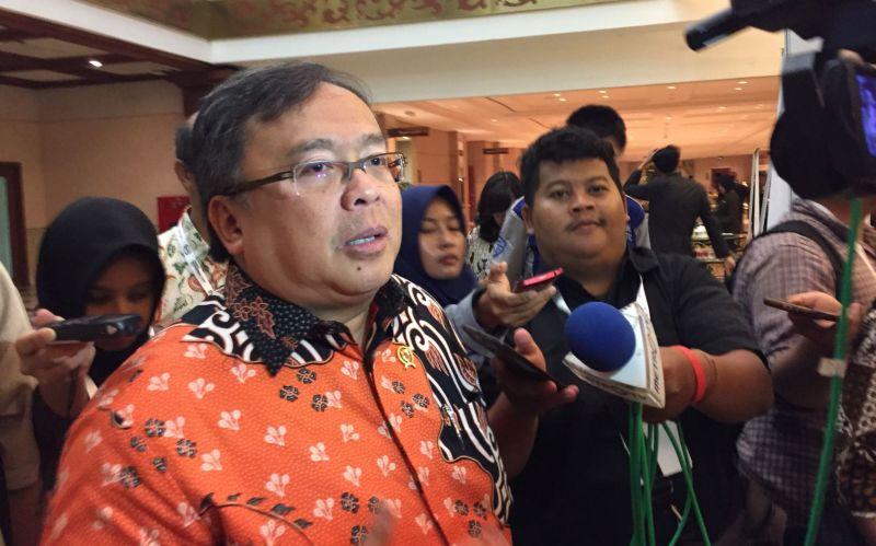 https: img.okezone.com content 2018 03 09 320 1870186 menteri-bambang-diversifikasi-ekspor-agar-tak-terpengaruh-perang-dagang-nTWHNFaHrD.jpg