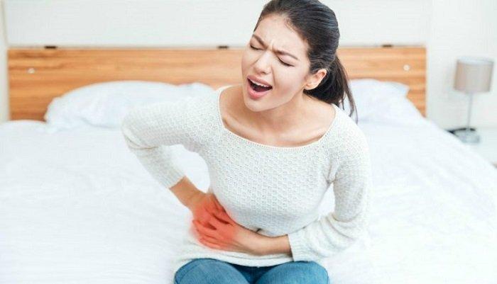 https: img.okezone.com content 2018 03 09 481 1870074 wanita-lebih-rentan-terkena-penyakit-ginjal-ini-faktor-risiko-dan-gejalanya-PnA6kC38At.jpg