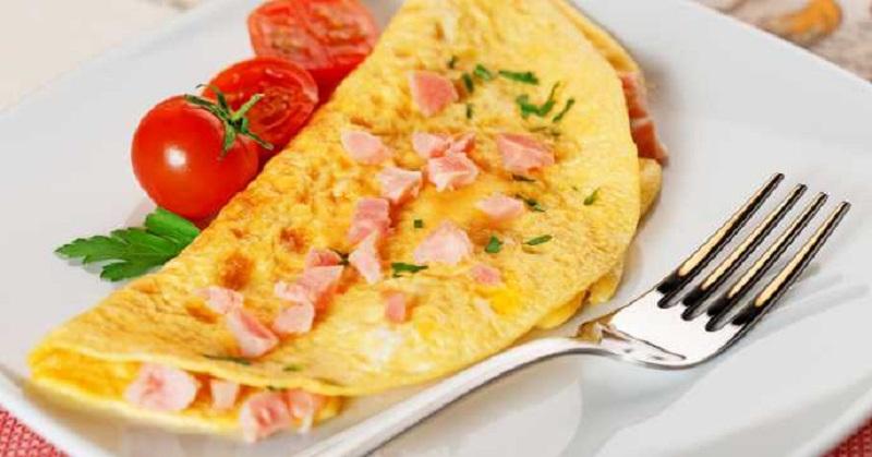 https: img.okezone.com content 2018 03 12 298 1871607 4-resep-omelet-favorit-untuk-sarapan-pagi-yang-sehat-DW8DsTcJd7.jpg