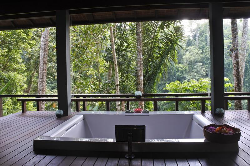 https: img.okezone.com content 2018 03 14 194 1872813 sensasi-spa-di-tengah-hutan-belantara-dengan-konsep-back-to-nature-Yvx0evwzWi.jpg