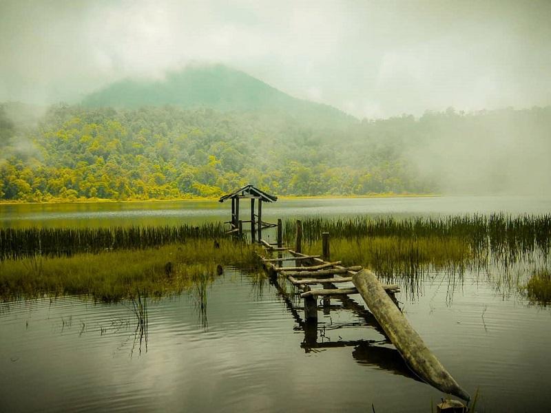 5 Tempat Wisata Angker Di Indonesia Yang Selalu Ramai