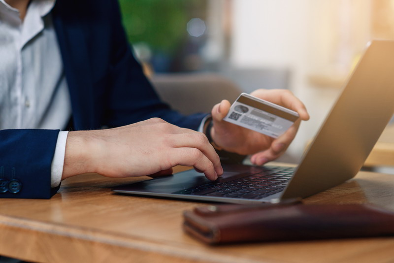 Baru 10 Atm Yang Pakai Chip Bank Mandiri Perhitungkan Biaya Produksi Okezone Economy
