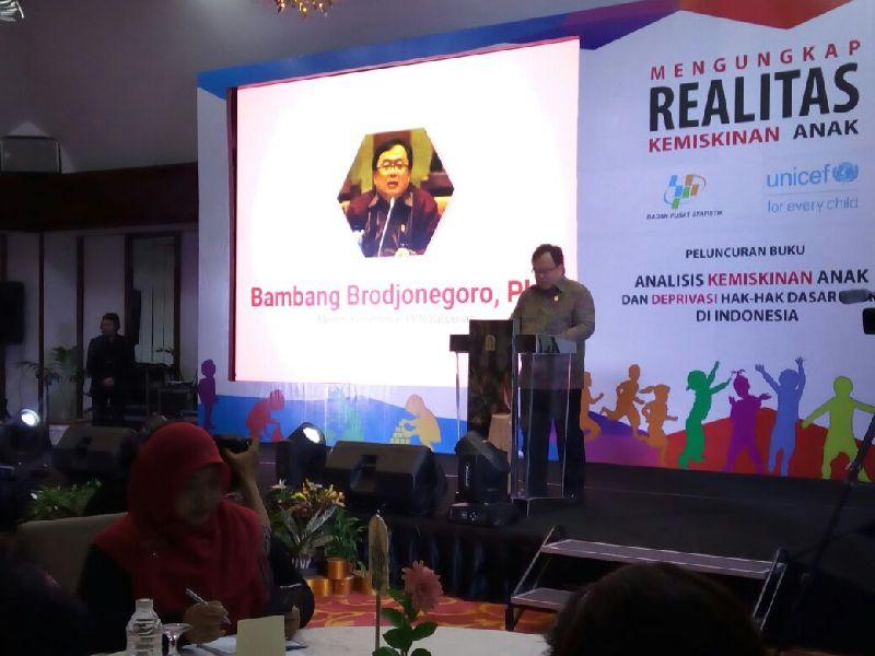https: img.okezone.com content 2018 03 29 320 1879528 menteri-bambang-masyarakat-ekonomi-asia-jadi-model-bagi-penguatan-perekonomian-indonesia-52YvDLC2m2.jpg