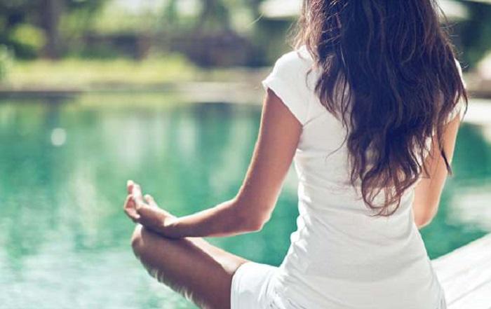 https: img.okezone.com content 2018 04 02 481 1881145 manfaat-rutin-meditasi-60-menit-sehari-untuk-nanti-di-usia-tua-w44550NAjA.jpg