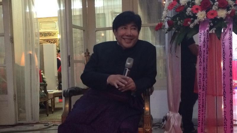 https: img.okezone.com content 2018 04 03 337 1881374 guruh-temui-presiden-jokowi-bahas-pendirian-persada-soekarno-6kuymyAK6u.jpg