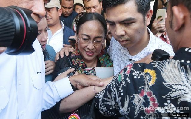 Ini Makna Puisi Ibu Indonesia Karya Sukmawati Okezone News