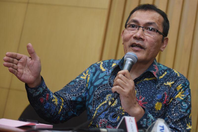 https: img.okezone.com content 2018 04 05 337 1882545 kpk-hati-hati-usut-kasus-kardus-durian-xkz6AcYdBw.jpg