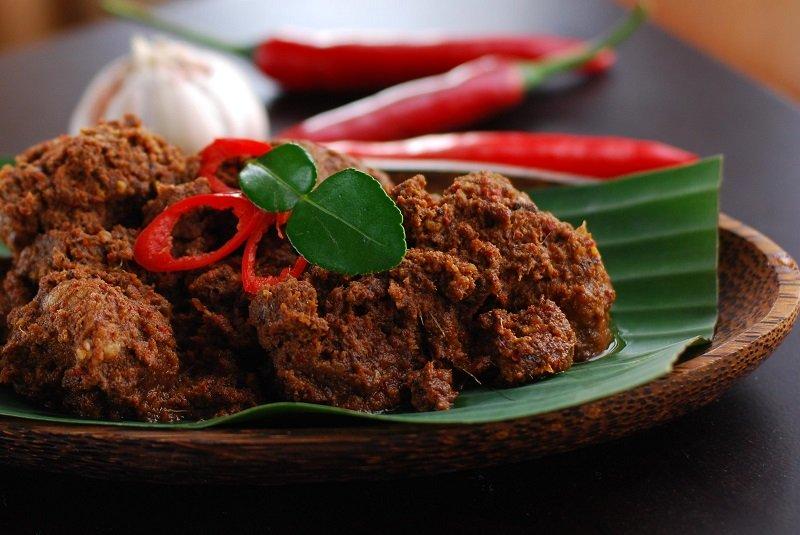 https: img.okezone.com content 2018 04 09 298 1884339 3-strategi-pemerintah-kenalkan-makanan-indonesia-ke-tingkat-internasional-yrjEUSaf7x.jpg