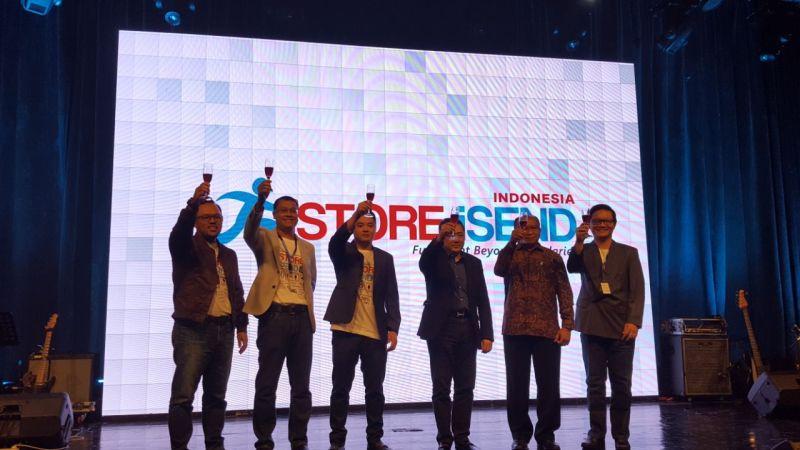 https: img.okezone.com content 2018 04 12 207 1885938 resmi-diluncurkan-istore-isend-mudahkan-logistik-e-commerce-di-indonesia-y7H6XZulXc.jpg