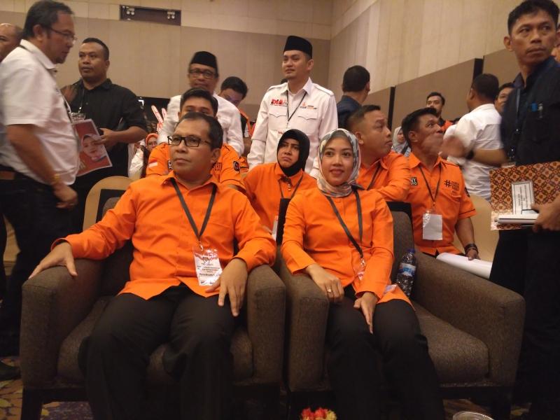 Doa Warga Makassar Bantu Danny Pomanto-Indira Mulyasari Hadapi Fitnah