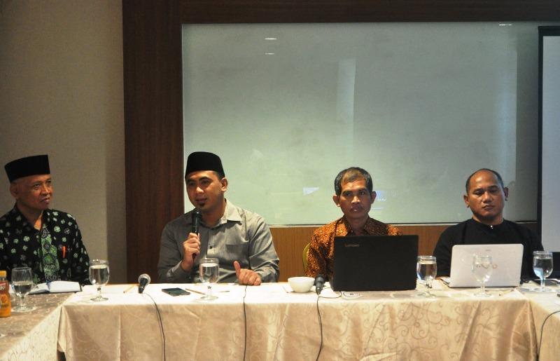 Gus Yasin Ajak Pelaku Usaha Pasarkan Produk Melalui Ekotren