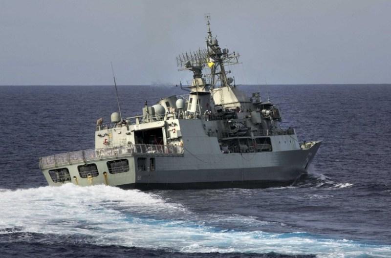 https: img.okezone.com content 2018 04 20 18 1889367 armada-china-tantang-3-kapal-australia-di-laut-china-selatan-G83r5pKYV6.jpg