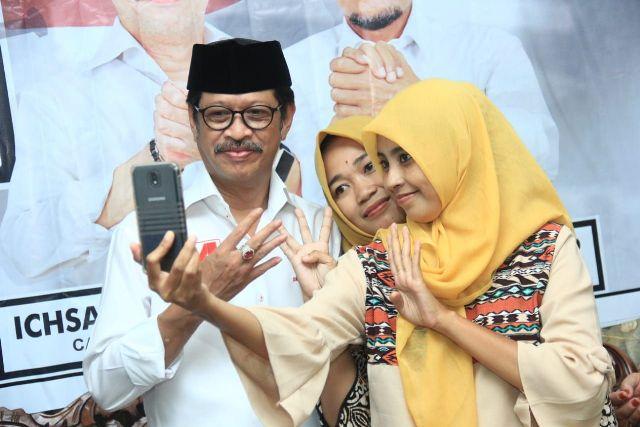 Kado Spesial Ichsan Yasin Limpo-Andi Mudzakkar di Hari Kartini