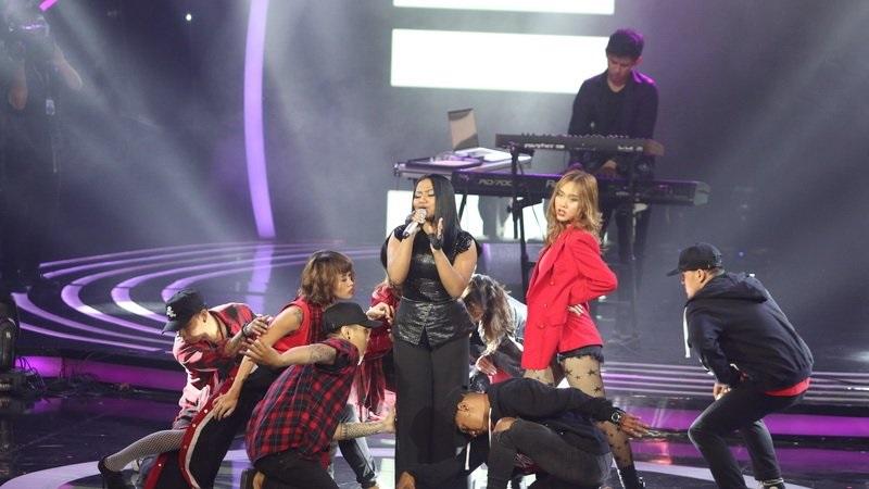 https: img.okezone.com content 2018 04 23 598 1890595 penampilan-maria-sempurna-di-panggung-result-show-indonesia-idol-2018-5Wzb61EbIK.jpg