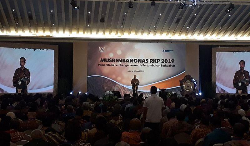 https: img.okezone.com content 2018 04 30 320 1892753 presiden-buka-musrenbangnas-bappenas-rencana-kerja-2019-kuat-2OlA1Wf0UQ.jpg