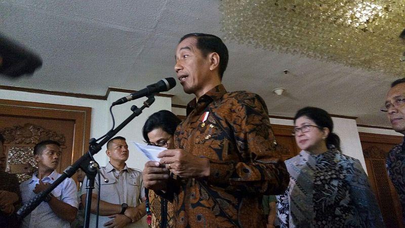 https: img.okezone.com content 2018 04 30 320 1892778 presiden-hati-hati-ekspor-dan-investasi-ri-bisa-kalah-dari-laos-hingga-kamboja-e1OoesH6we.jpg