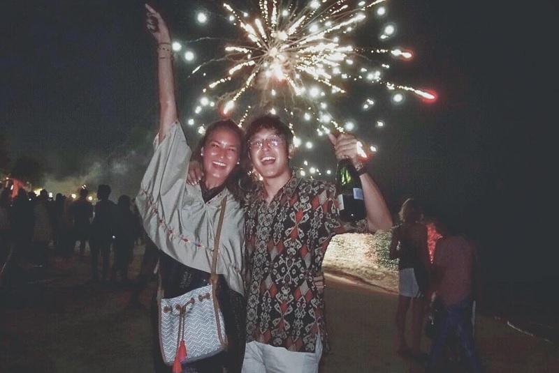 https: img.okezone.com content 2018 04 30 33 1893109 benar-menikah-dimas-anggara-nadine-chandrawinata-sudah-fitting-baju-rUlwGtll8C.jpg
