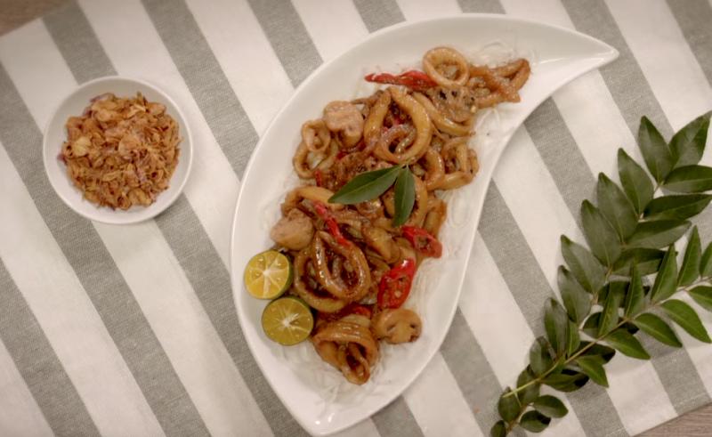 https: img.okezone.com content 2018 05 01 298 1893216 libur-mayday-masak-olahan-seafood-di-rumah-yuk-MtPTlHHRqQ.png