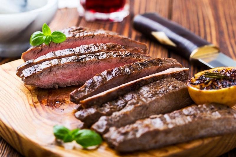 https: img.okezone.com content 2018 05 08 298 1895957 masak-daging-dengan-minuman-soda-bikin-teksturnya-empuk-ini-faktanya-p5clsdtWqm.jpg