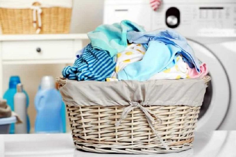 https: img.okezone.com content 2018 05 10 194 1896742 beda-metode-laundry-dan-dry-clean-yang-mungkin-belum-kamu-tahu-08WQRU550E.jpg