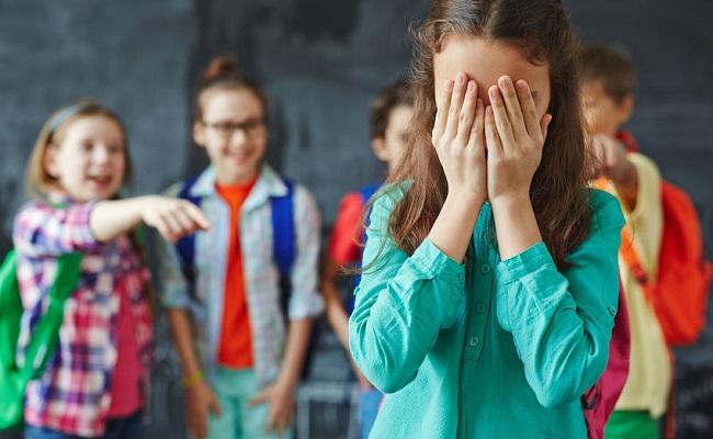 https: img.okezone.com content 2018 05 11 196 1896917 tertindas-9-tahun-di-bully-pembalasan-perempuan-ini-bisa-jadi-contoh-rxrNIDrJC1.jpg