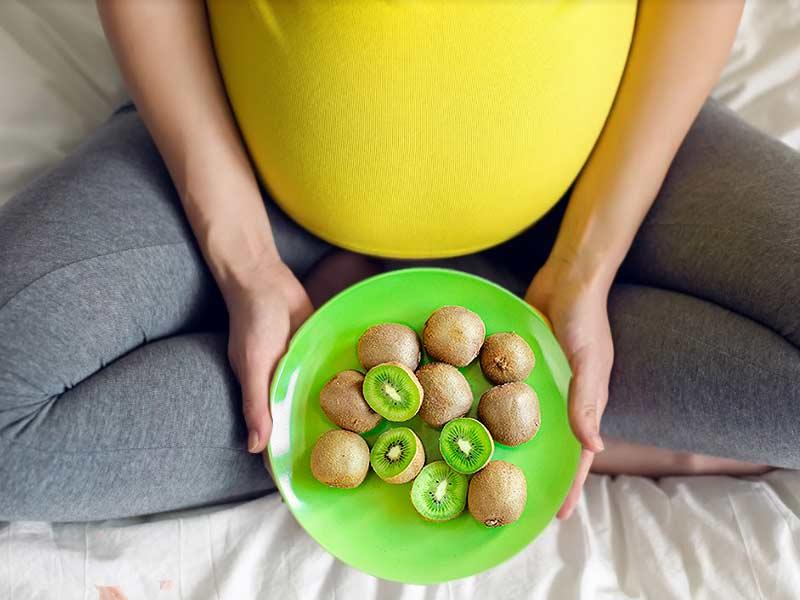 Bumil Rajin Makan Buah Lahirkan Bayi Cerdas Ini 5 Rekomendasinya