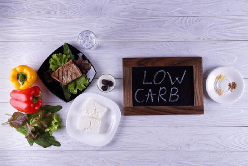 https: img.okezone.com content 2018 05 11 481 1897227 mau-kurus-kurangi-makan-karbohidrat-bahaya-ini-mengintai-kesehatan-anda-GuUyjvYubx.jpg