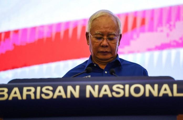 https: img.okezone.com content 2018 05 12 18 1897417 kalah-di-pemilu-malaysia-najib-razak-dicekal-ke-luar-negeri-5ATSkgOfhY.jpg
