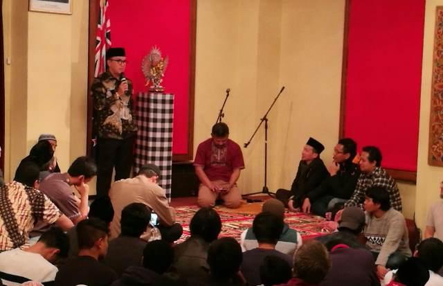 Muslim Selandia Baru Image: Dubes Tantowi Yahya Ajak Warga Indonesia Di Selandia Baru