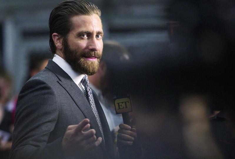 https: img.okezone.com content 2018 05 22 206 1901070 jake-gyllenhaal-kandidat-kuat-pemeran-mysterio-di-sekuel-spider-man-homecoming-vjmlYdv8T7.jpg