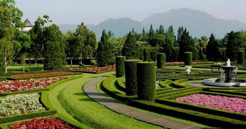 5 Destinasi Wisata Bertema Taman Bunga Yang Menarik Untuk Dikunjungi Okezone Travel