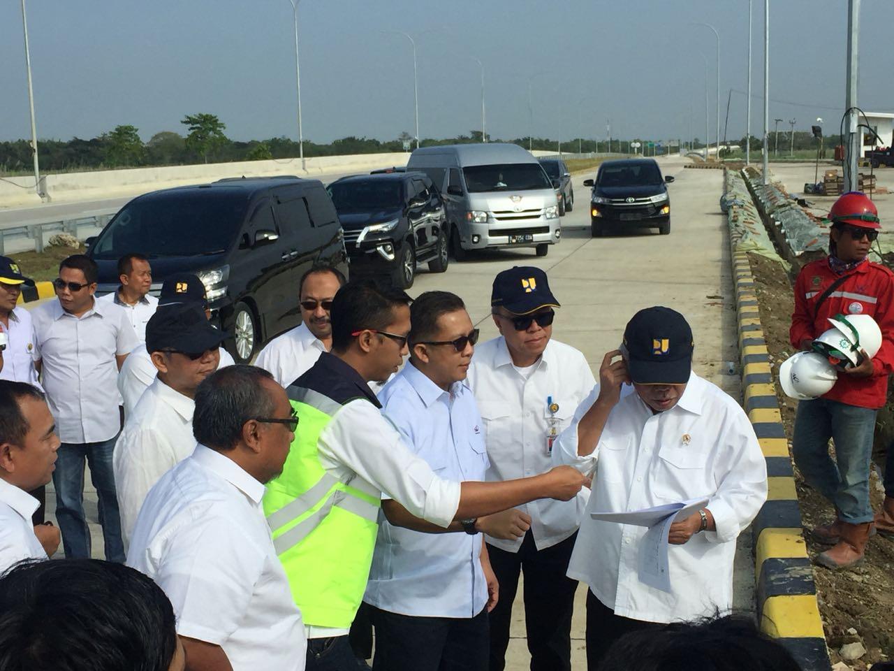 Menteri Basuki Cek Kesiapan Jalur Mudik di Empat Ruas Tol Trans Jawa