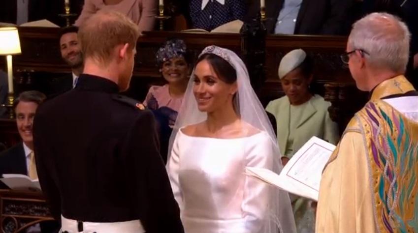 https: img.okezone.com content 2018 06 03 196 1905984 momentum-favorit-ibu-dari-meghan-markle-saat-royal-wedding-bikin-terharu-fOuYBahFzd.jpg